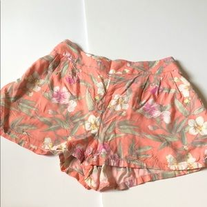 American Eagle Floral Loose Fitting Shorts
